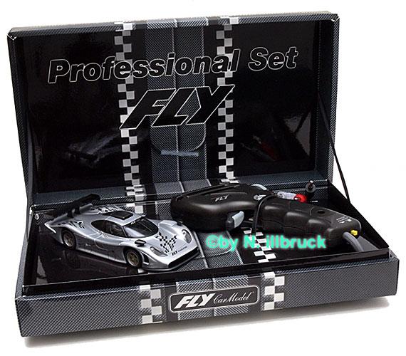 carrera showroom 07028 fly porsche 911 gt1 evo 2rs controller. Black Bedroom Furniture Sets. Home Design Ideas